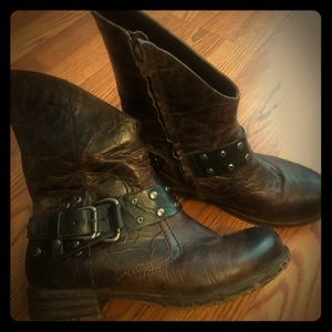 Leather boots worn 1 time